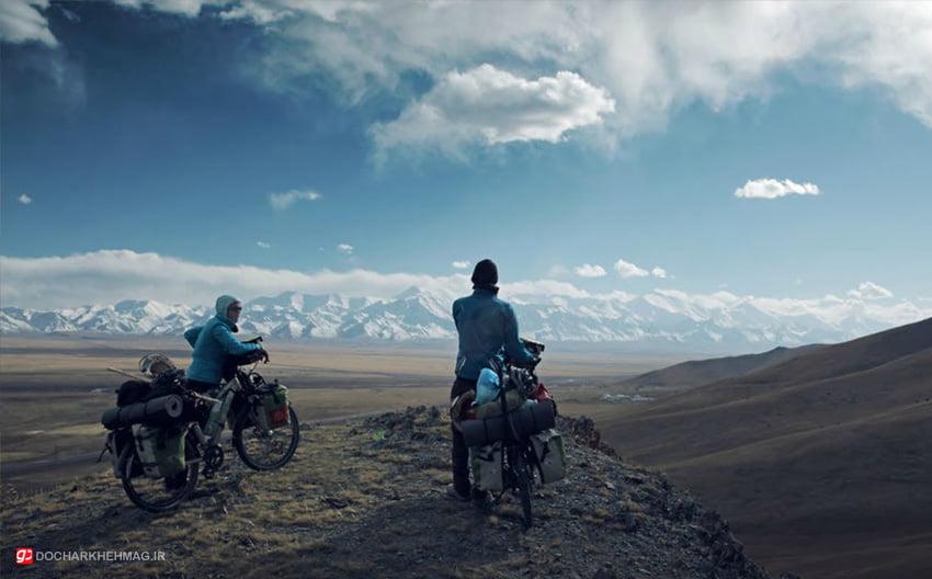 دو دوچرخه سواری در سفر با دوچرخه